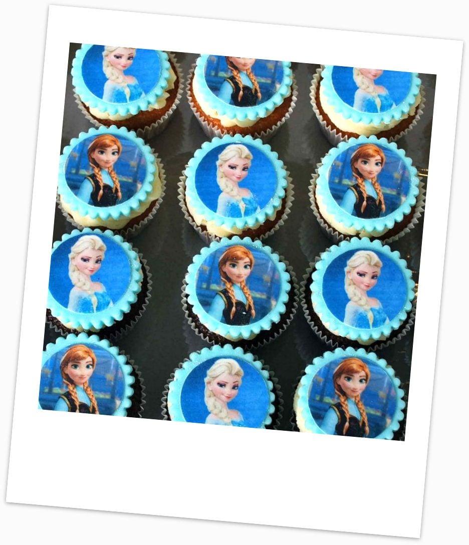 Frozen-Edible-Print-Cupcakes-e1476400972641