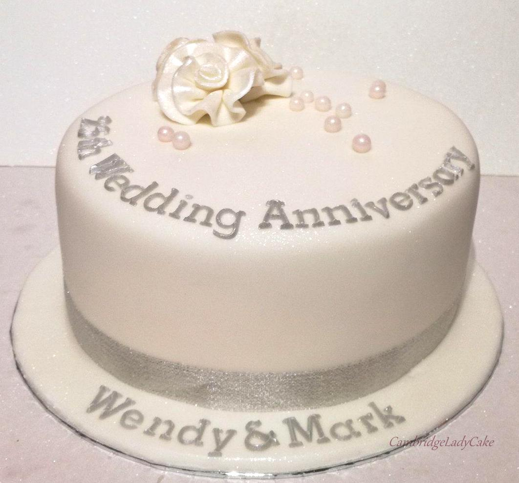 Anniversary Celebrations Cambridge Lady Cake