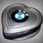 Tort z motywem BMW