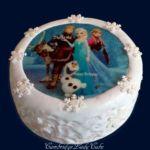 Tort Frozen z jadalnym obrazkiem